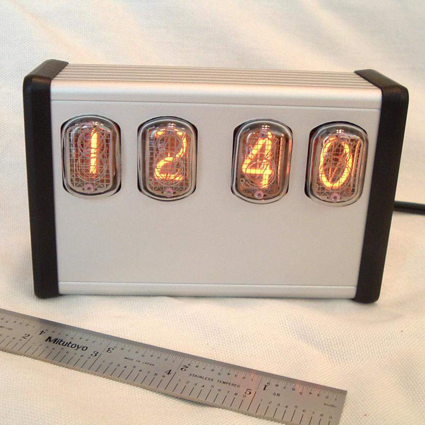 Extruded 4 TubeExtruded Clear Anodized Aluminum With IN12 Nixie Tubes